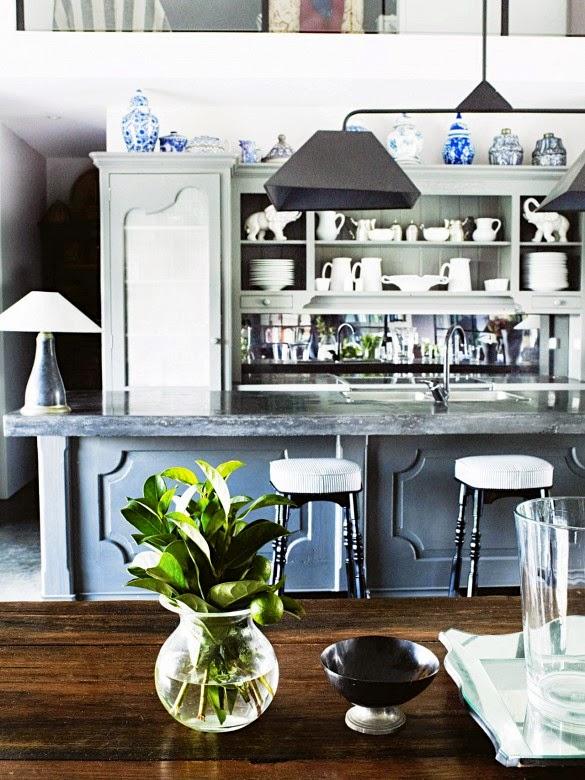 cocina en madera gris y rustico