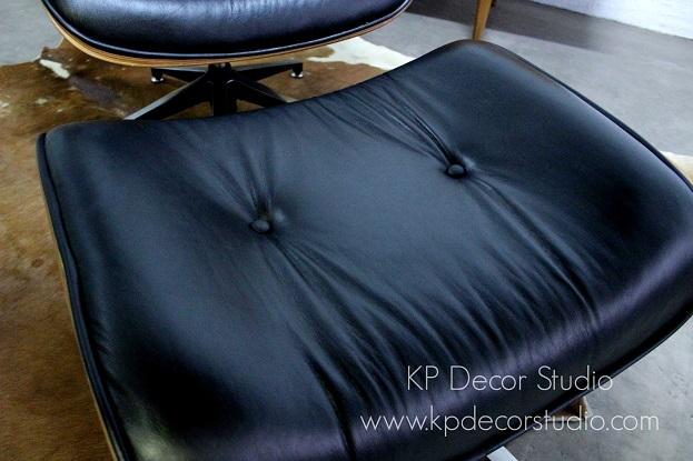 Sillon y Ottoman del lounge chair de Eames fabricado por vitra