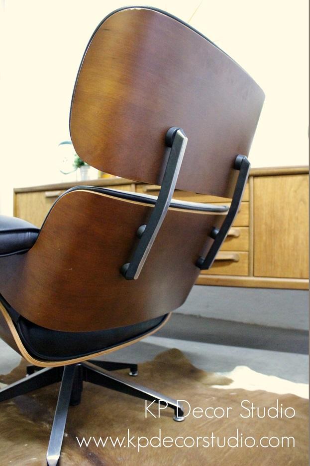 Sillón Eames fabricado por vitra madera de palisandro