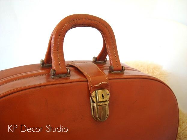 tienda-vintage-y-antguedades-maletas-antiguas-valencia