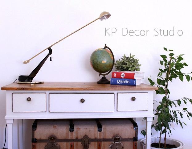 lampara de mesa de diseño, marca fase, vintage
