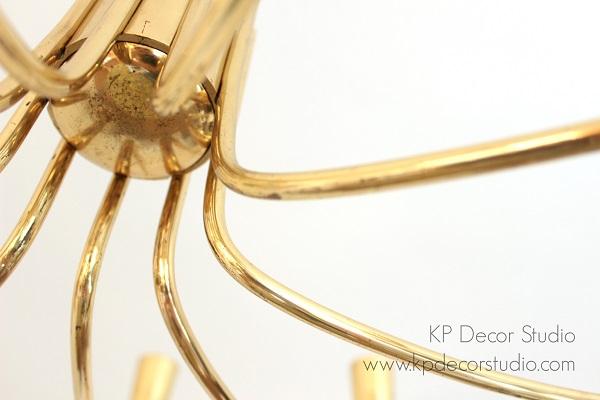 Lámparas araña de laton con varios brazos