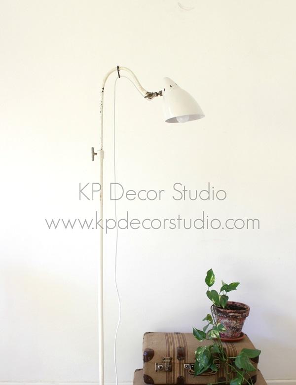 Lámpara de pie estilo industrial