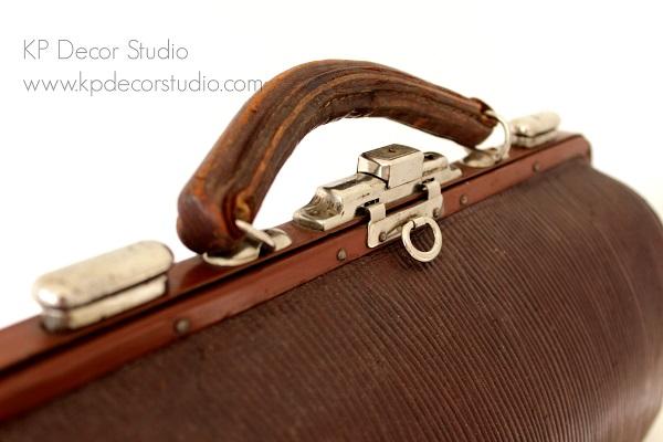 Comprar maletín de médico vintage