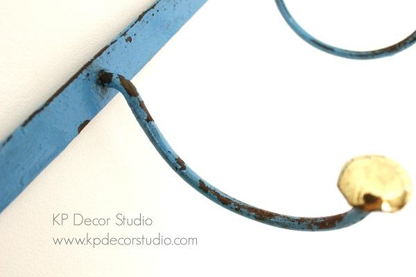 Perchero s largos estilo industrial metal decapado color azul