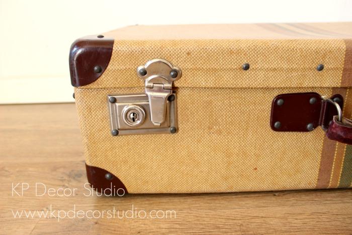 maleta vintage antigua decoración
