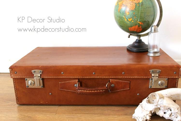 Maletas vintage de piel para decoración