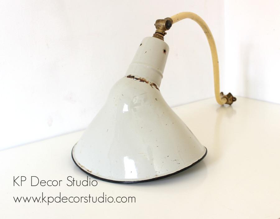 Lámparas industriales antiguas