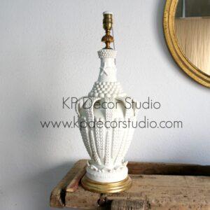 Lámpara de sobremesa de cerámica.