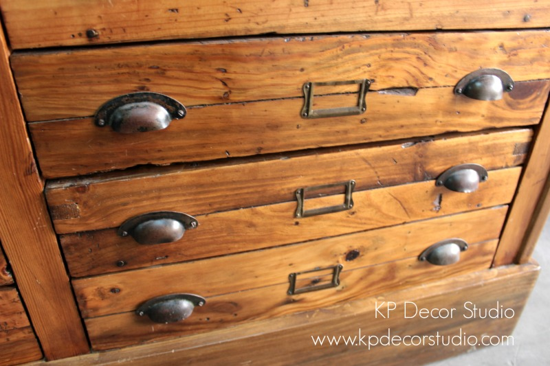 Mueble cajones antiguos mercería