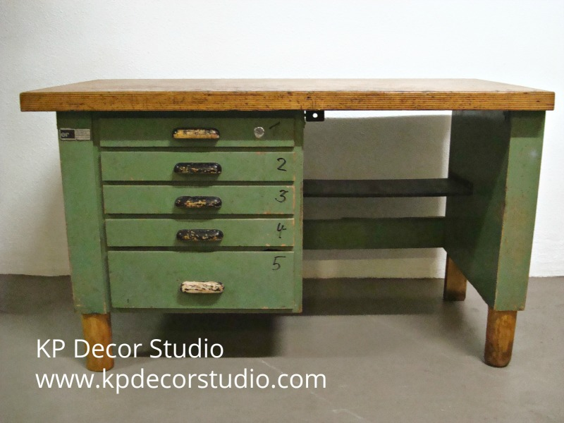escritorio de trabajo antiguo
