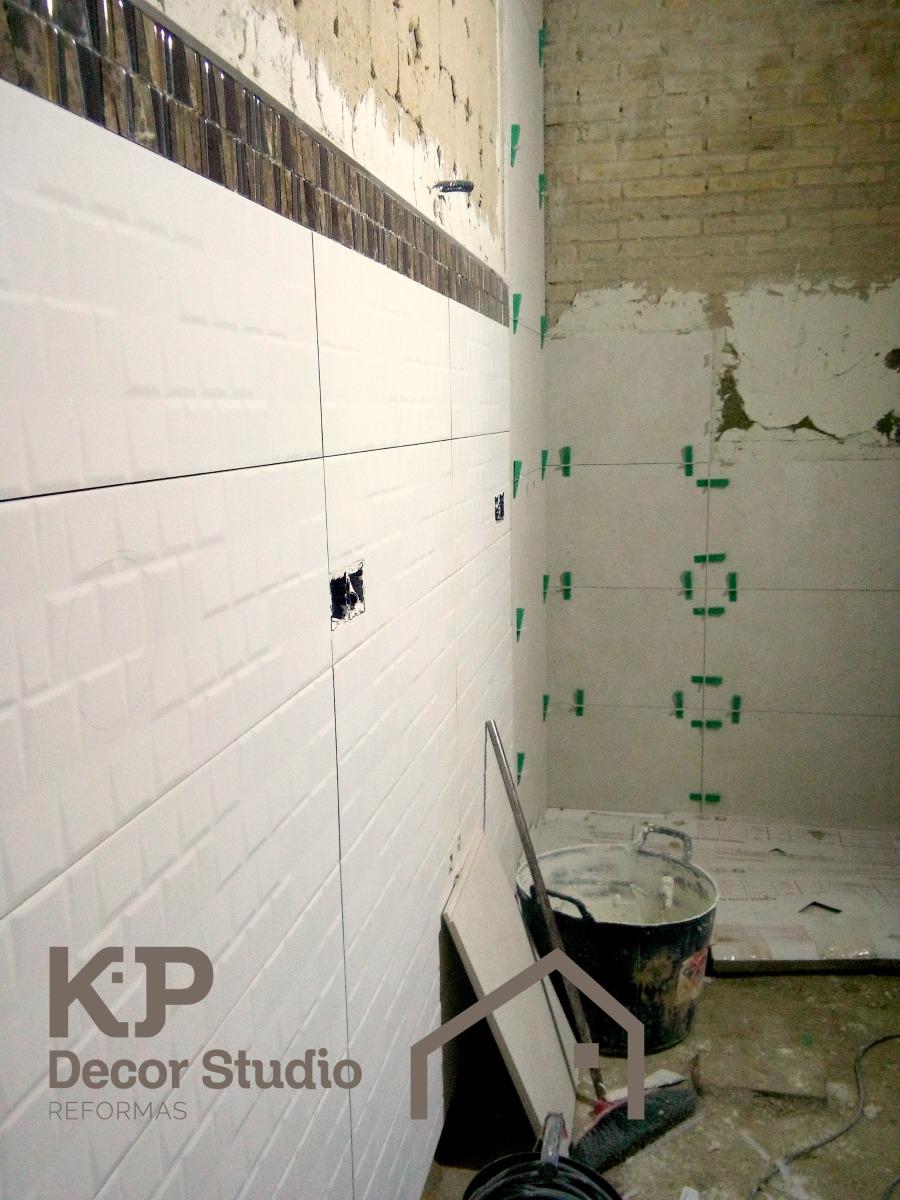 Azulejos de baño. alicatados, tipos, reformas.